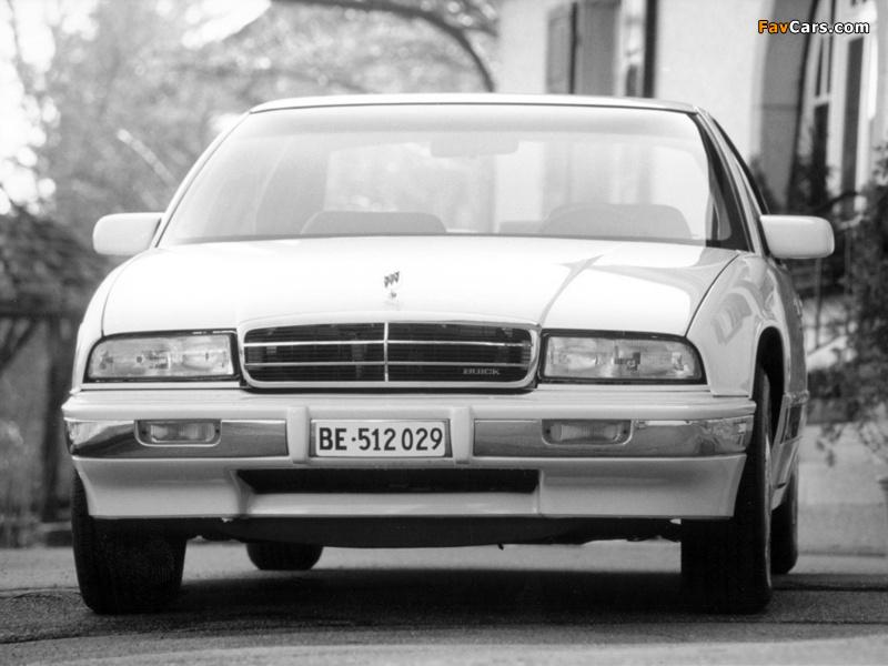 Pictures of Buick Regal Sedan 1993–95 (800 x 600)