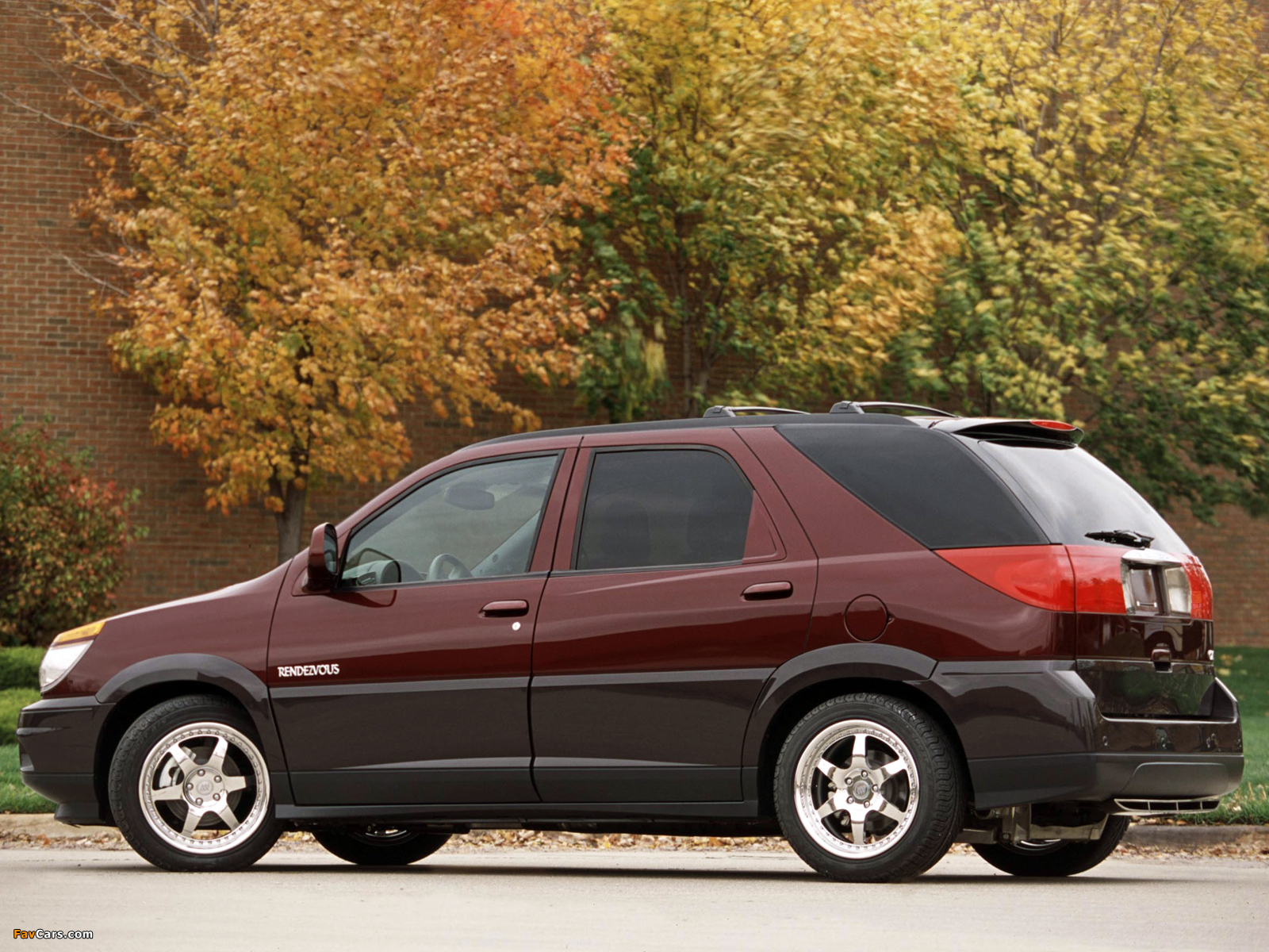 Pictures of Buick Rendezvous Tour 2001 (1600 x 1200)