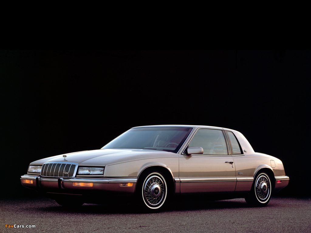 10698 Buick Lesabre 1974 4 moreover Fotos De Carros Del Ano 2016 additionally 6 Best Looking Cars 1980 also 1963 Buick Riviera C 662 furthermore 1969 Buick Riviera Holiday C 142. on buick riviera