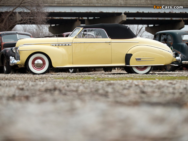 Photos of Buick Roadmaster Convertible 1941 (640 x 480)