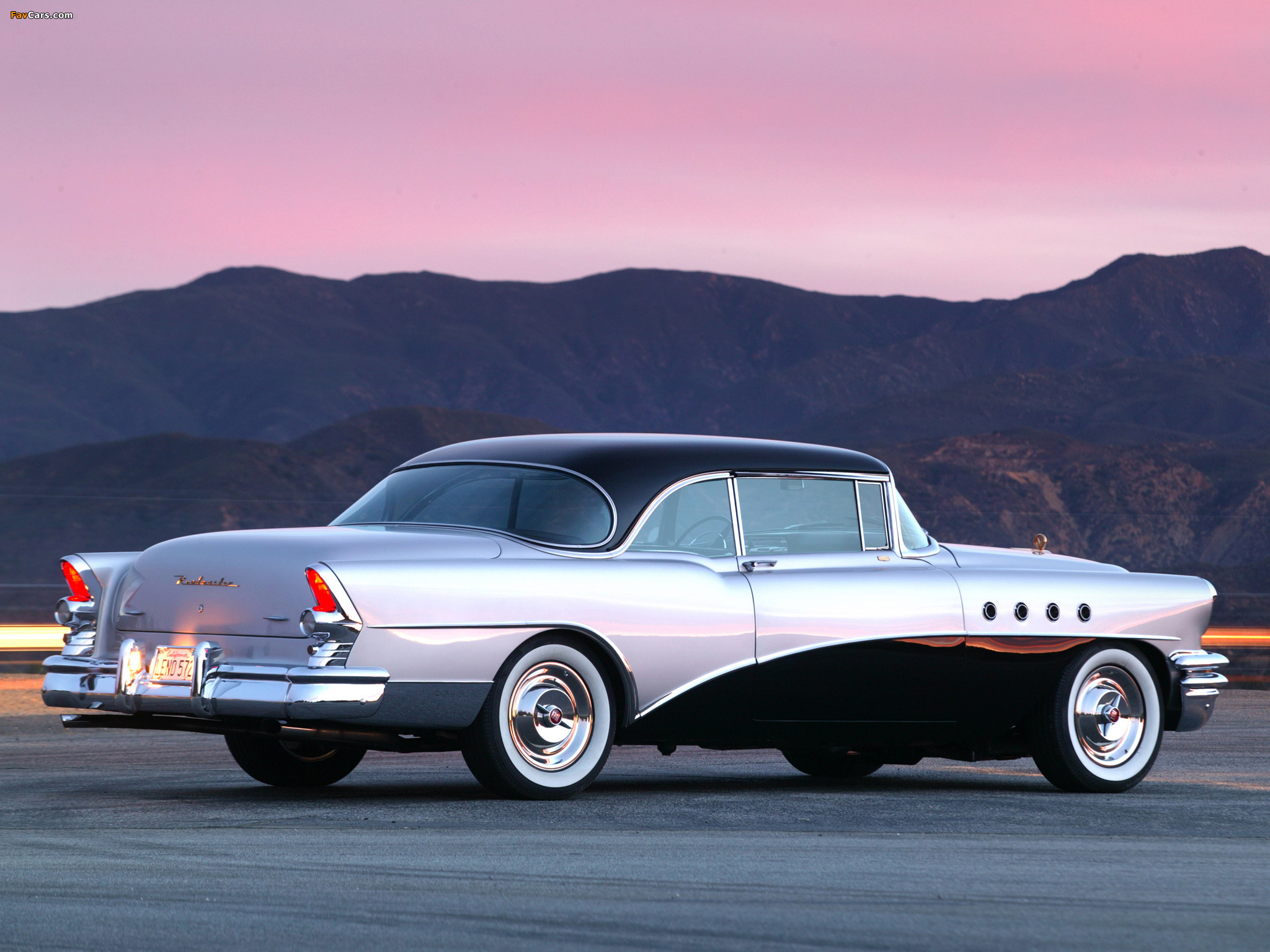 Pictures of Buick Roadmaster Riviera 1955 (2048 x 1536)