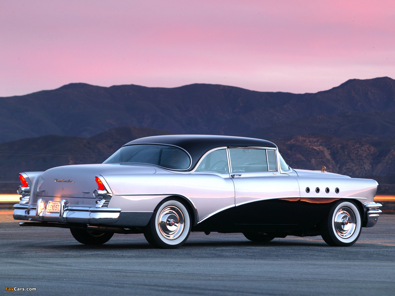 Pictures of Buick Roadmaster Riviera 1955 (1280 x 960)