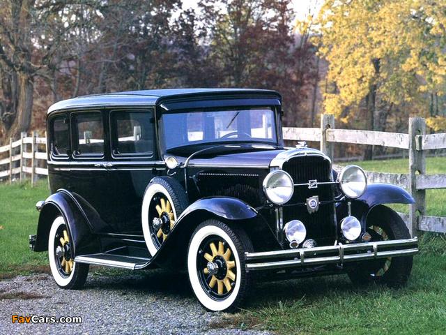 Buick Series 50 4-door Sedan (8-57) 1931 wallpapers (640 x 480)