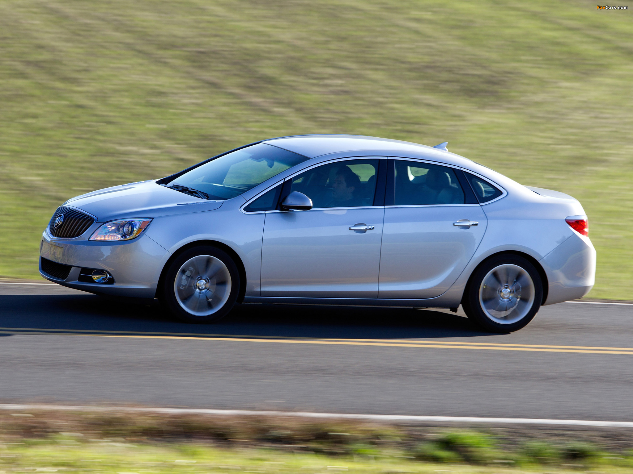 Pictures of Buick Verano 2011 (2048 x 1536)