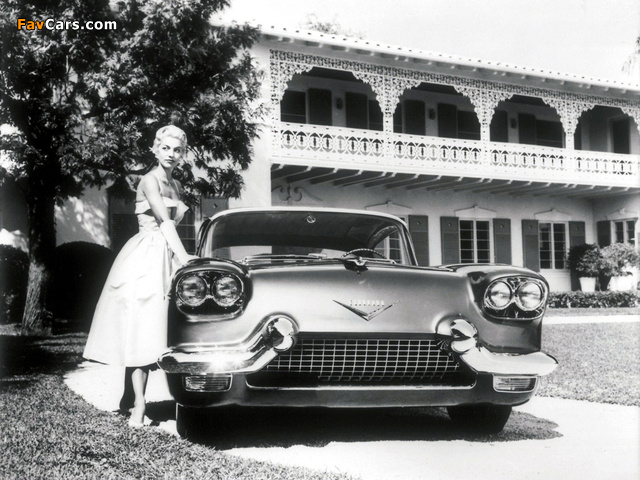 Cadillac Eldorado Brougham Dream Car 1955 wallpapers (640 x 480)