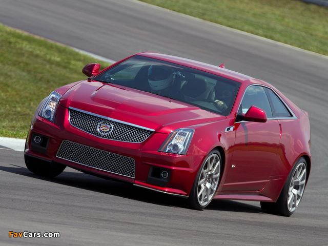 Cadillac CTS-V Coupe 2010 images (640 x 480)