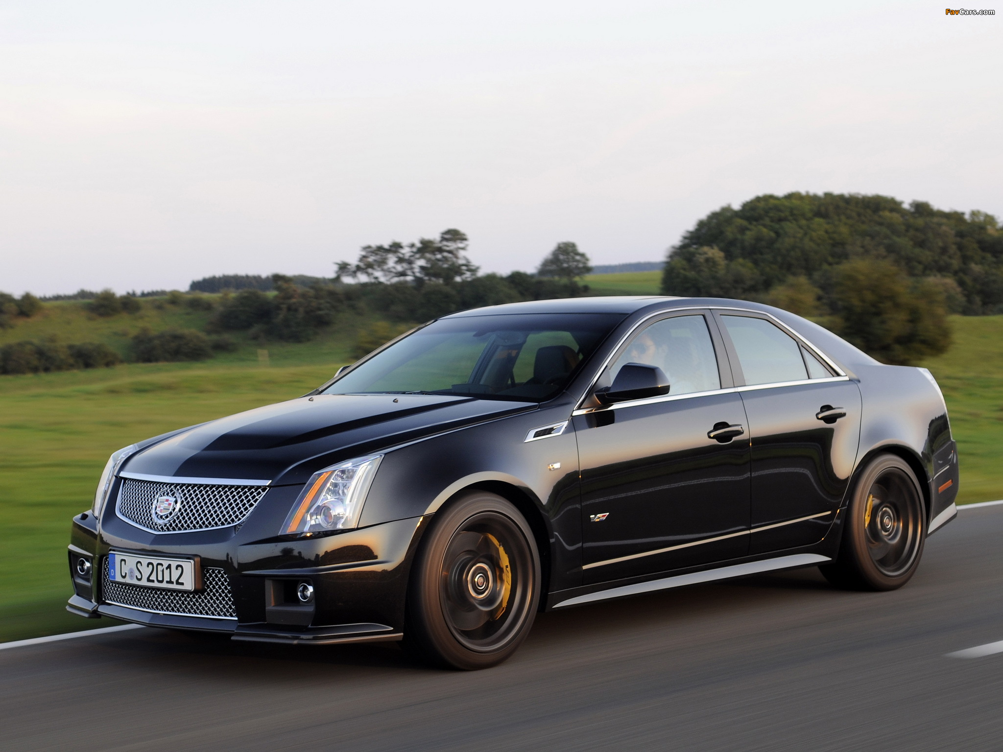 Pictures of Cadillac CTS-V EU-spec 2010 (2048 x 1536)