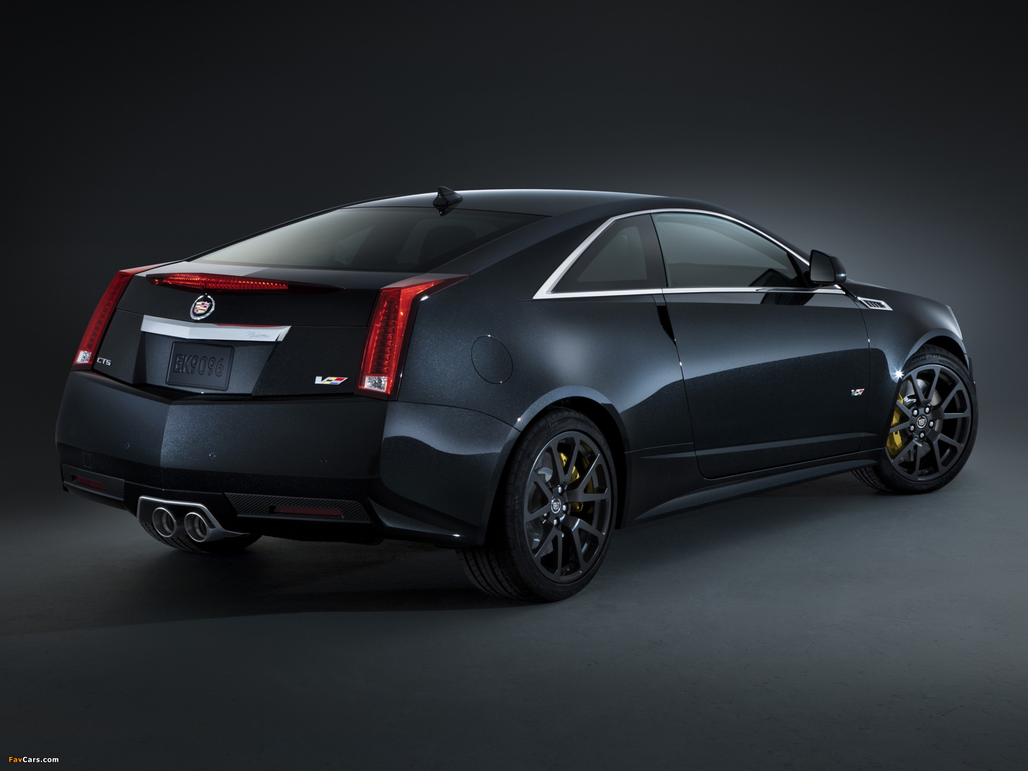 Cadillac CTS-V Coupe Black Diamond 2011 wallpapers (2048 x 1536)