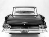 Cadillac Sedan de Ville 1961 pictures