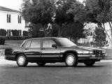 Cadillac Sedan de Ville 1989–93 images