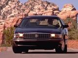 Cadillac DeVille Concours 1994–96 images