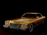 Images of Cadillac Sedan de Ville (D49/B) 1974