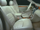 Images of Cadillac DeVille DTS 2000–05