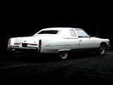Photos of Cadillac Coupe de Ville 1976