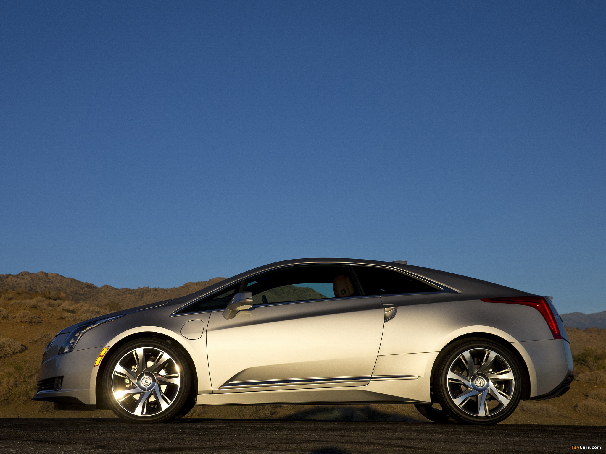 Images of Cadillac ELR 2014 (2048 x 1536)
