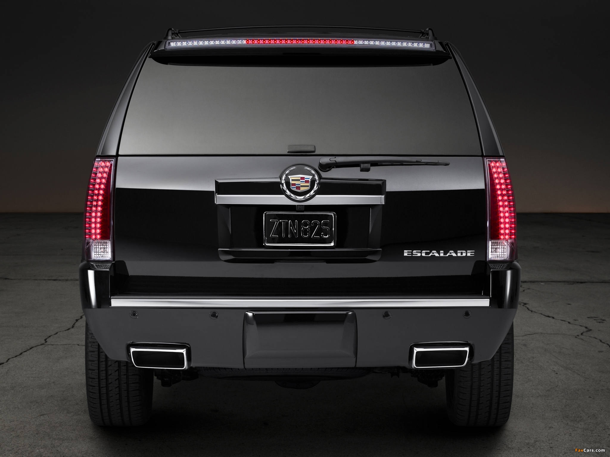 Images of Cadillac Escalade Premium Collection 2012 (2048 x 1536)