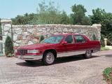 Cadillac Fleetwood 1993–96 photos