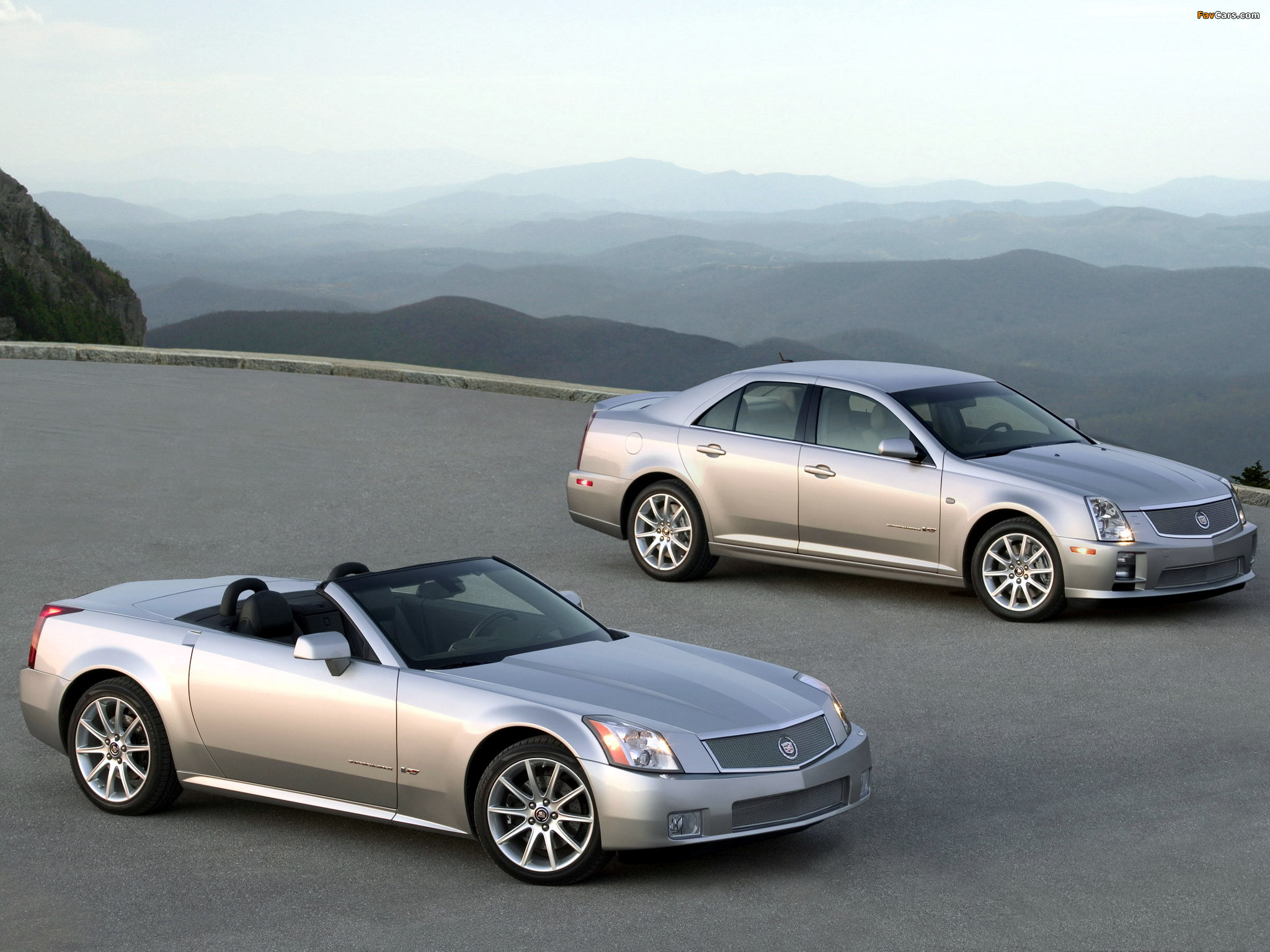 Cadillac XLR-V & STS-V 2006 pictures (2048 x 1536)