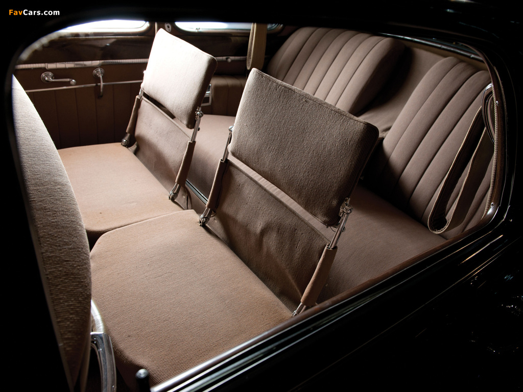 Cadillac Series 67 Touring Sedan by Fisher (41-6723) 1941 wallpapers (1024 x 768)