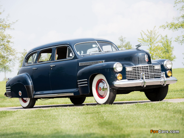 Pictures of Cadillac Series 67 Touring Sedan by Fisher (41-6723) 1941 (640 x 480)