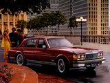 Cadillac Seville Elegante 1975–79 images