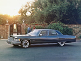 Cadillac Fleetwood Sixty Special Brougham 1976 wallpapers