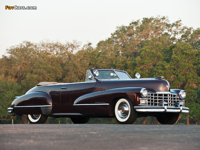 Photos of Cadillac Sixty-Two Convertible 1947 (640 x 480)