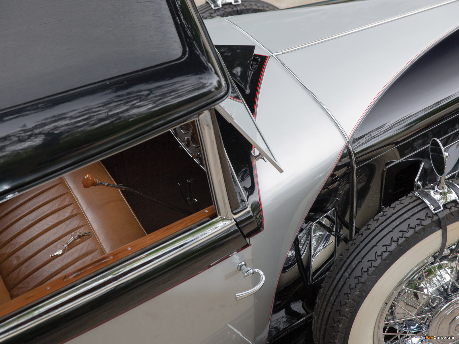 Cadillac V16 452 2/4-passenger Coupe by Fleetwood (4376) 1930 photos (1600 x 1200)