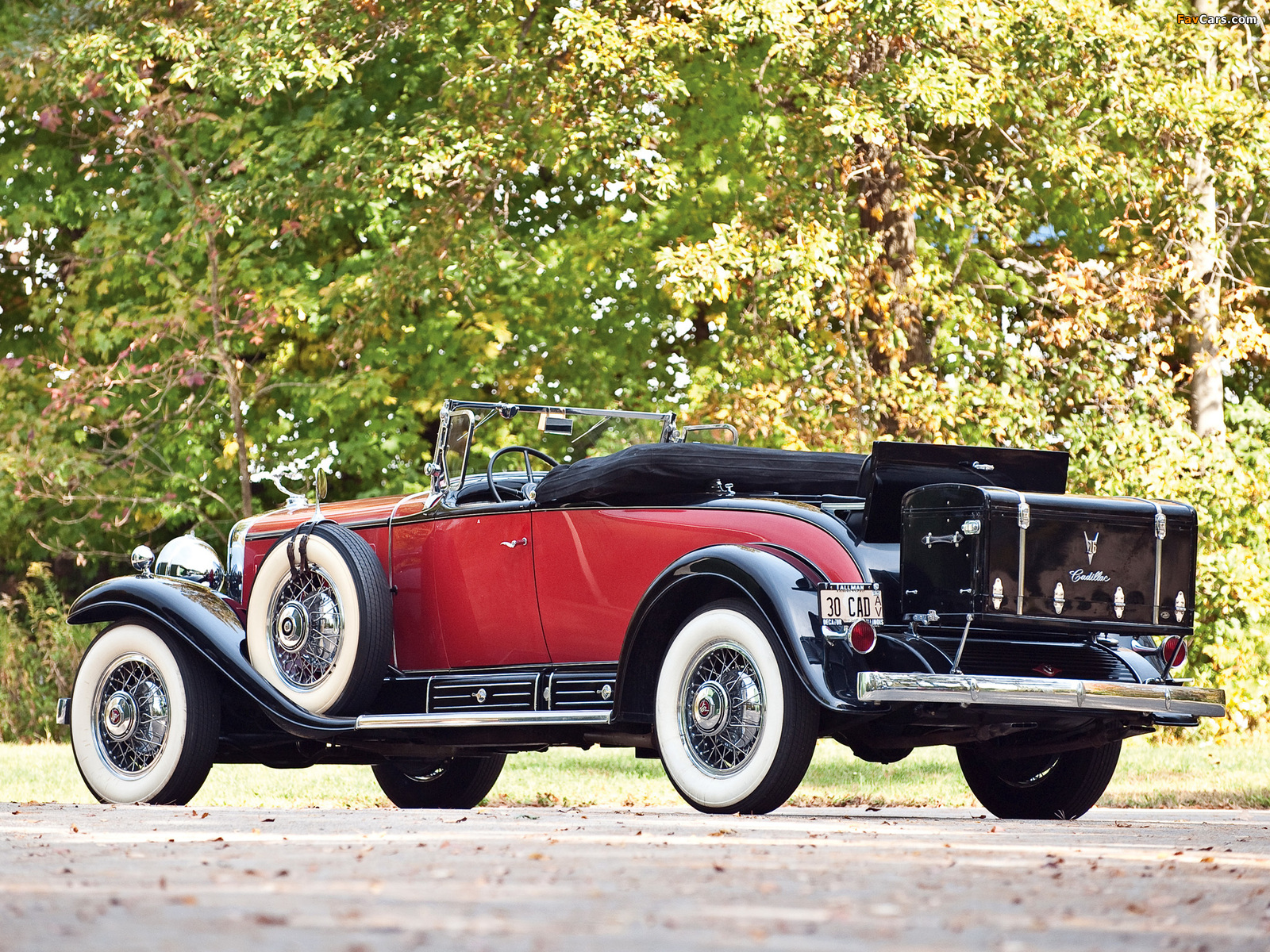 Cadillac V16 452 Roadster 1930 pictures (1600 x 1200)