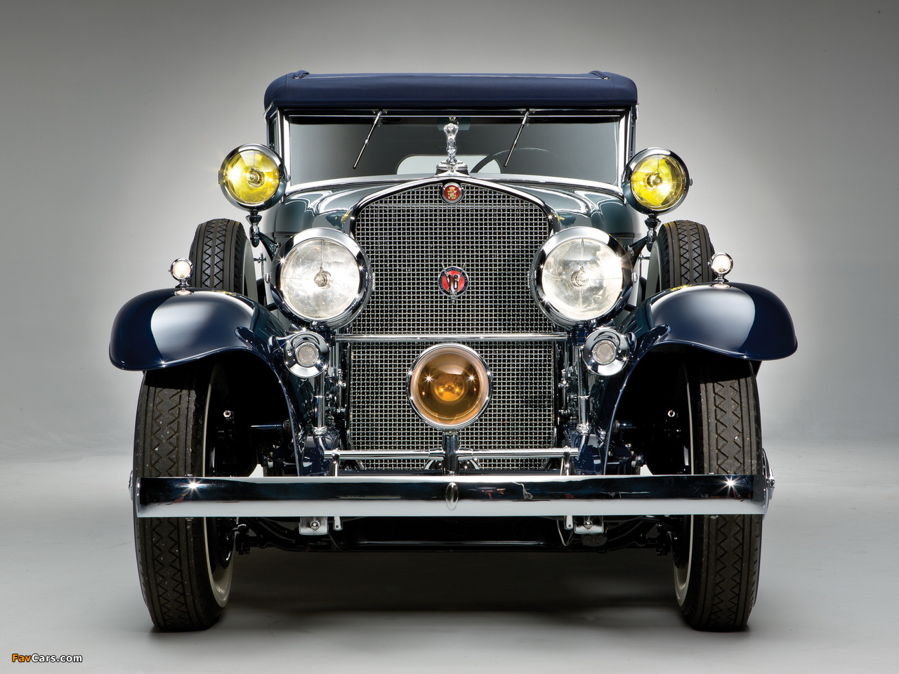 Cadillac V16 Convertible Sedan by Saoutchik 1930 pictures (1280 x 960)