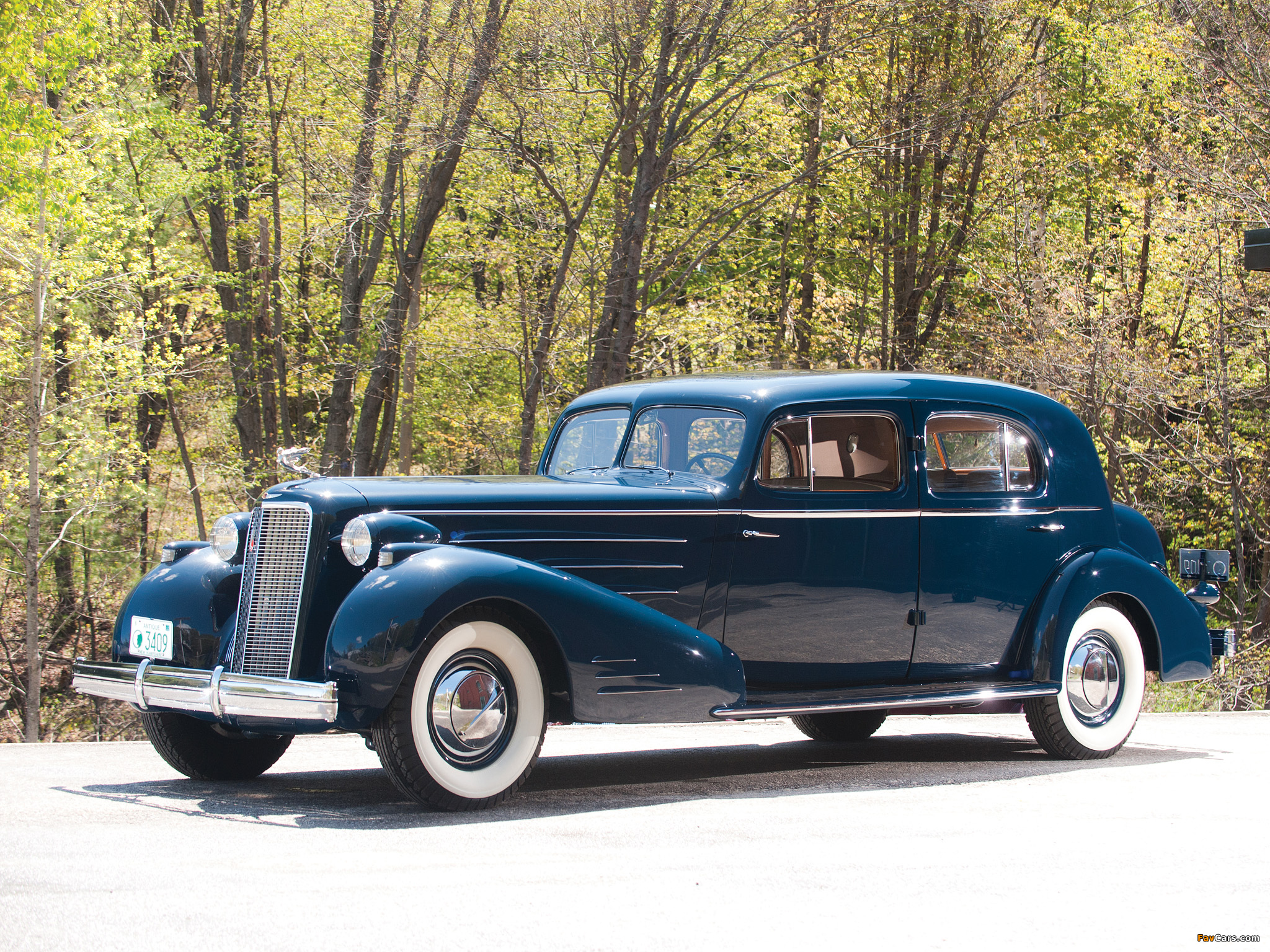 Cadillac V16 Town Sedan by Fleetwood (5733S) 1936 pictures (2048 x 1536)