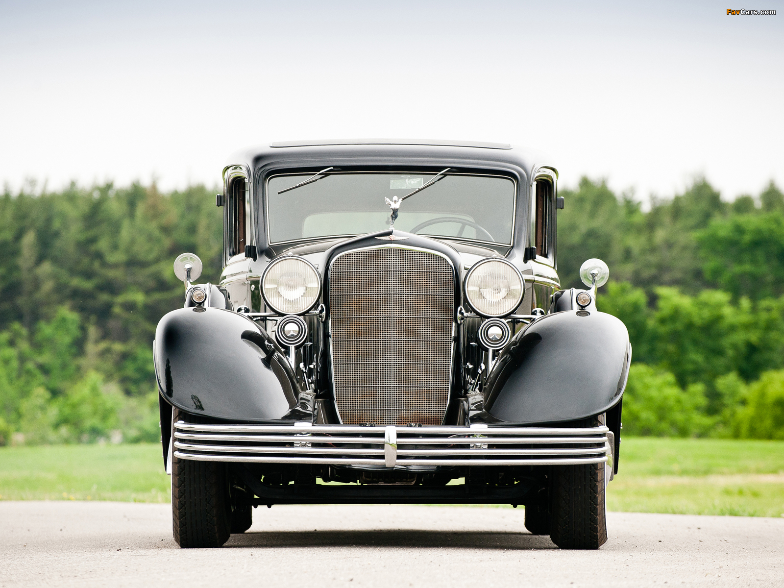 Images of Cadillac V16 452-C Limousine by Fleetwood 1933 (1600 x 1200)