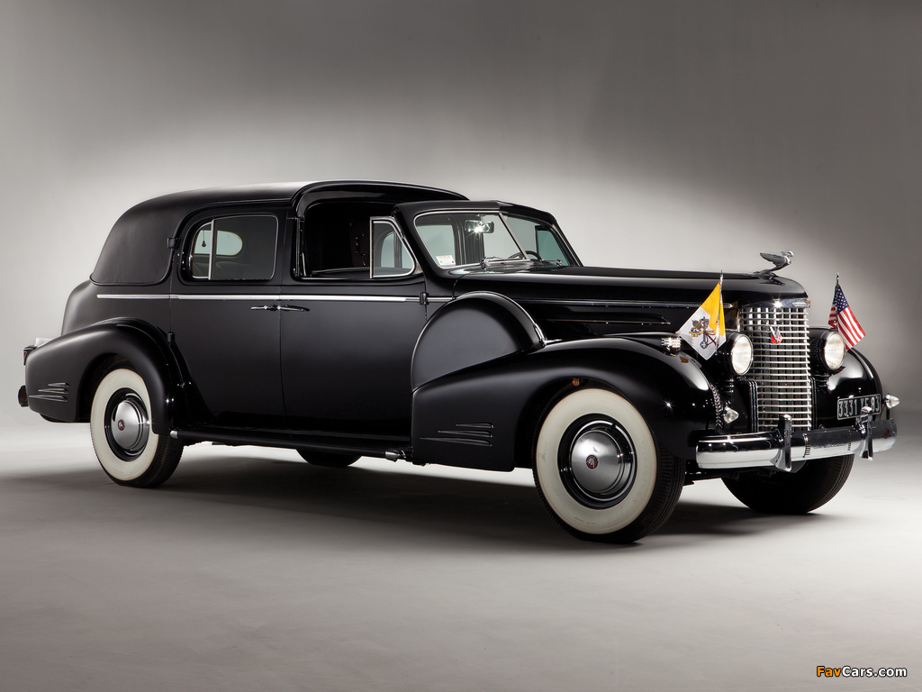 Images of Cadillac V16 Series 90 Ceremonial Town Car by Fleetwood 1938 (1024 x 768)