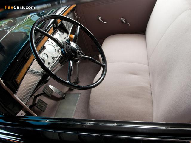 Photos of Cadillac V16 452-A Madame X Sedan Cabriolet by Fleetwood 1930 (640 x 480)