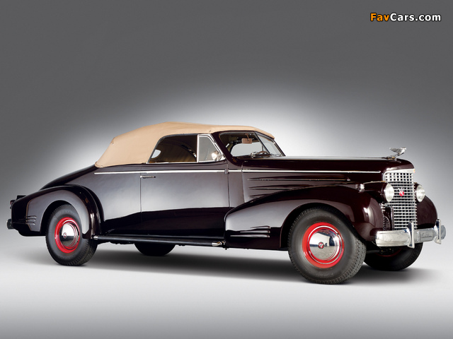 Photos of Cadillac V16 Series 90 Convertible Coupe 1938 (640 x 480)