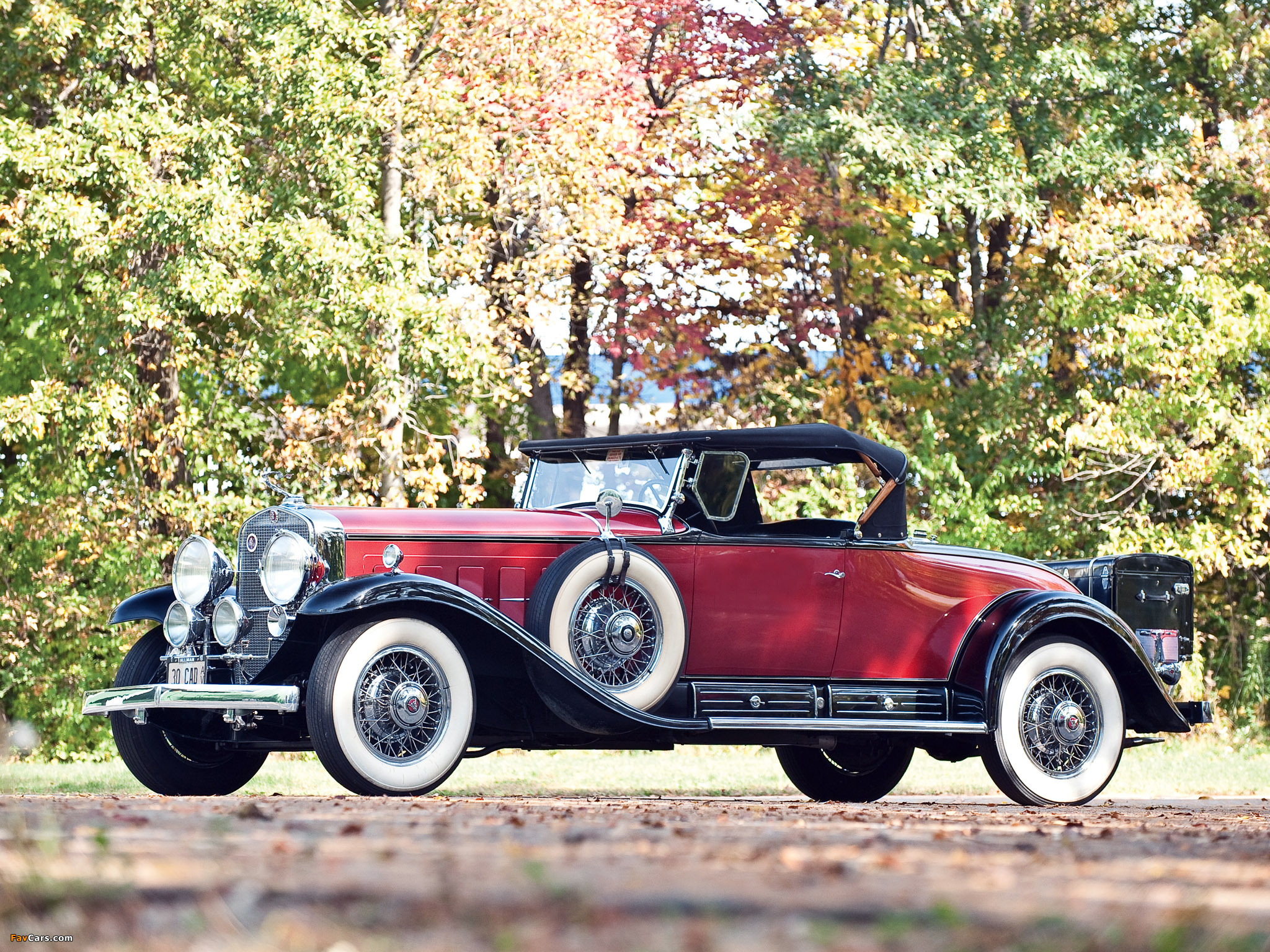Pictures of Cadillac V16 452 Roadster 1930 (2048 x 1536)