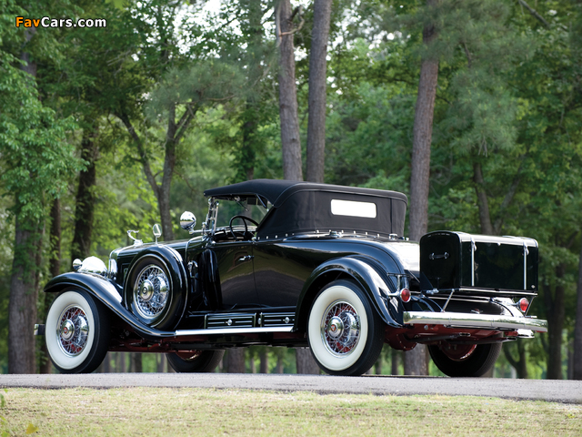 Cadillac V16 452 Roadster 1930 wallpapers (640 x 480)