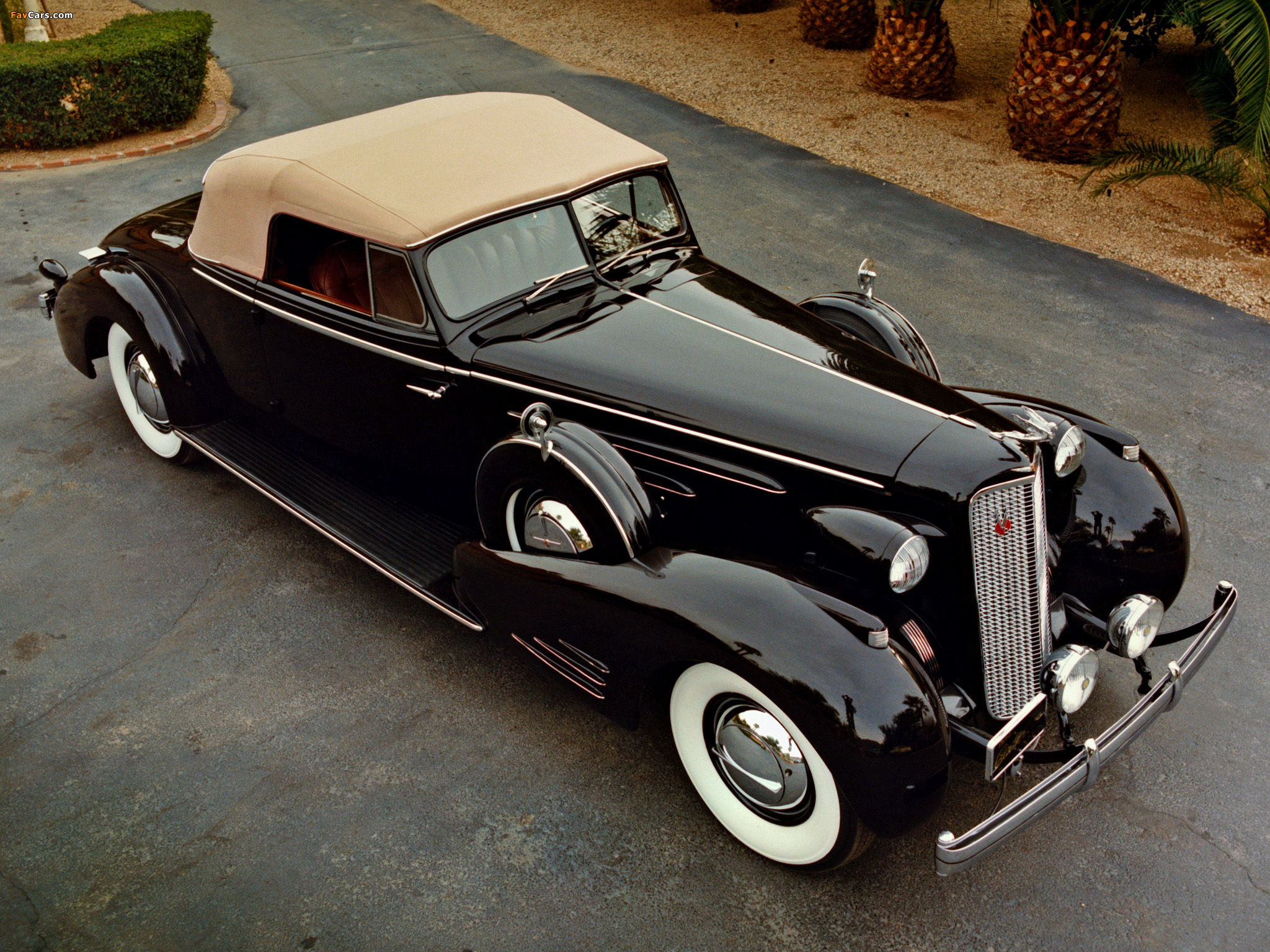 Cadillac V16 Series 90 Convertible Coupe 1936 wallpapers (2048 x 1536)