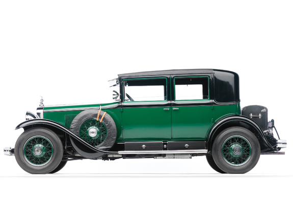 Cadillac V8 341-A Town Sedan Armored 1928 photos