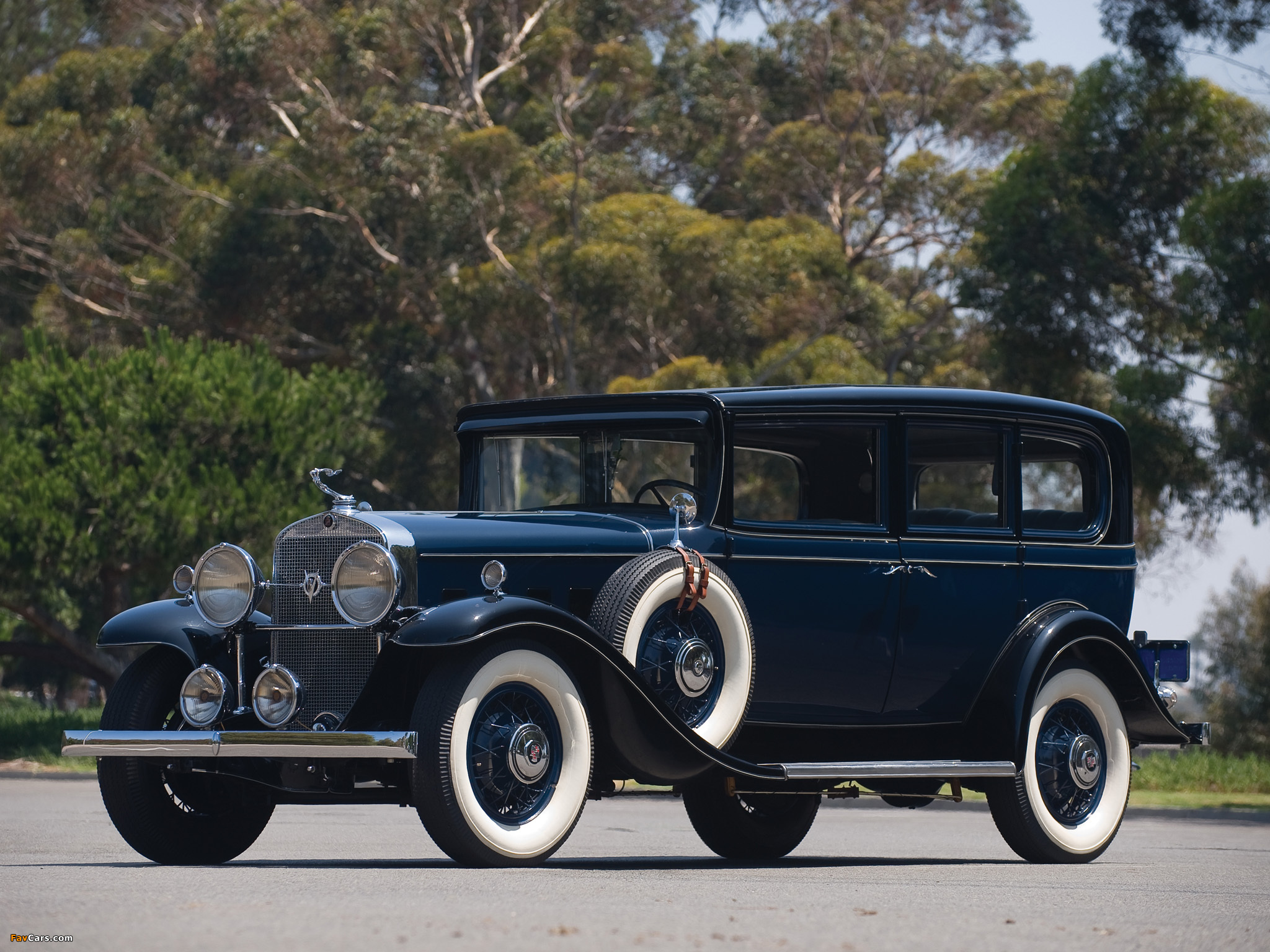 Souvent Cadillac V8 355-A Town Sedan 1931 pictures (2048x1536) XC17