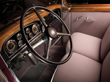 Cadillac V8 355-C Town Sedan by Fleetwood (5330-S) 1933 wallpapers