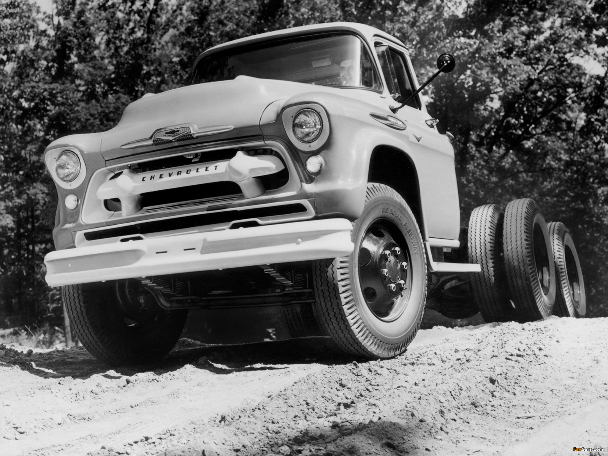 Chevrolet 10400 Chassis Cab (10403) 1957 pictures (2048 x 1536)