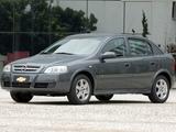 Chevrolet Astra 5-door 2003–11 pictures