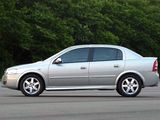 Images of Chevrolet Astra Sedan 2003–11