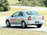 Photos of Chevrolet Astra Multipower Sedan 2004–09