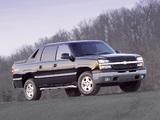Chevrolet Avalanche Z71 2002–06 images