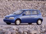 Chevrolet Aveo 5-door (T200) 2003–08 photos