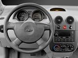 Chevrolet Aveo Sedan (T200) 2003–06 photos