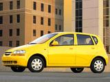 Chevrolet Aveo 5-door (T200) 2003–08 wallpapers