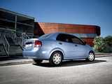 Photos of Chevrolet Aveo Sedan (T200) 2003–06